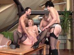 Three mature ladies catch a guy jerking off - Mature-nl.eu
