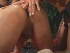 Sizzling blond milf Nicki Hunter anal fucks notorious gay with strap on