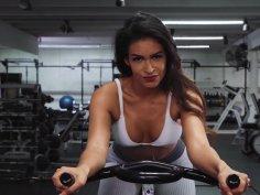 Fitness Exotic Babe Katana Kombat Seduces Married Man