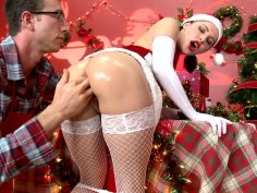 Katie St loves when her butthole is abused hard