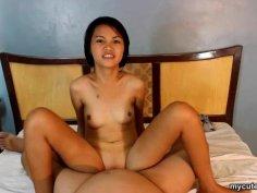 Reverse riding that dick as her small boobies boun